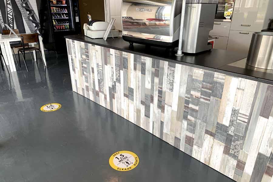 1,5 meter houd afstand sticker vloersticker c