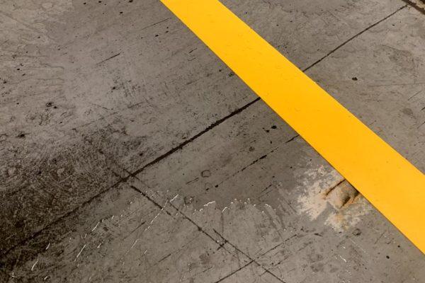 Vloertape en Markeringtape voor in vochtige omstandigheden voor werkplaatsen en magazijnen